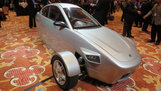the 3 wheeled car that gets 80 miles per gallon and costs under 7000. Black Bedroom Furniture Sets. Home Design Ideas